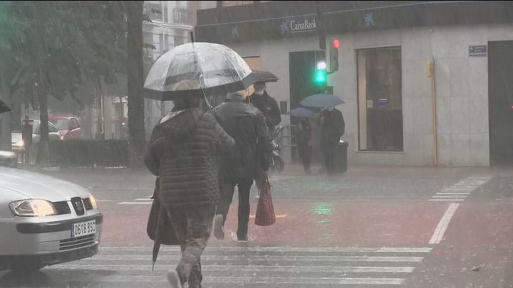 La Aemet y Madrid 112 avisan de fuertes lluvias esta tarde en la Sierra