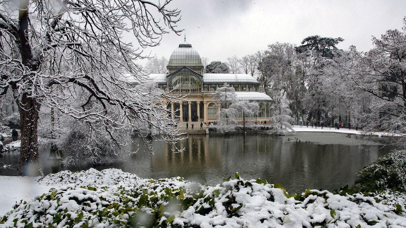 El Parque de El Retiro cubierto de nieve