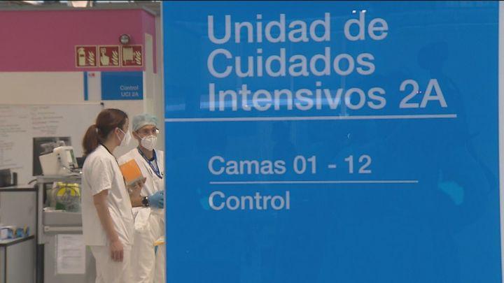 La Comunidad de Madrid notifica 5.520 positivos más y 61 fallecidos por Covid
