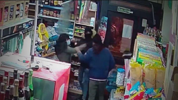 Los comerciantes del Ensanche de Alcalá denuncian una oleada de robos con violencia en la zona