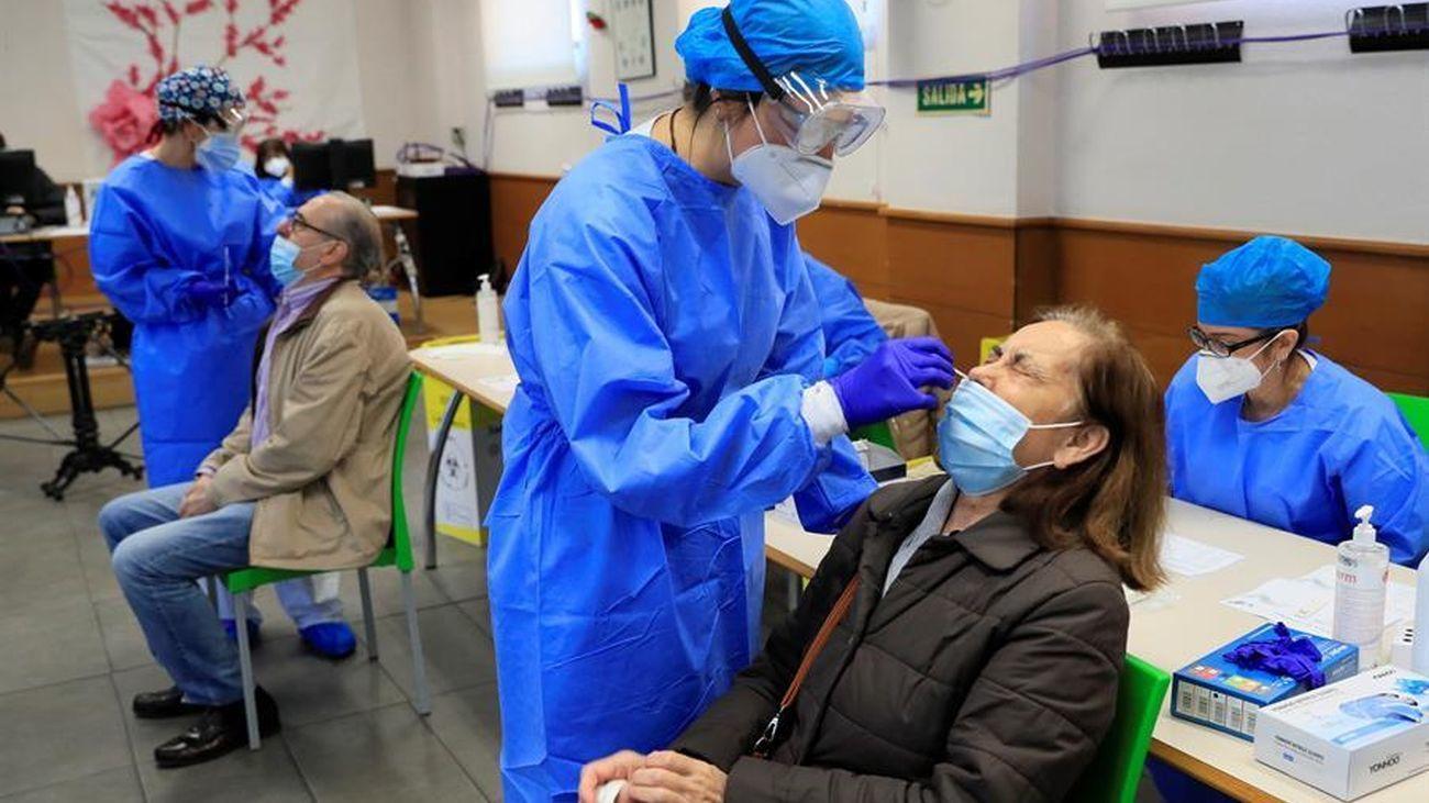 Realización de test masivos de antígenos en Madrid