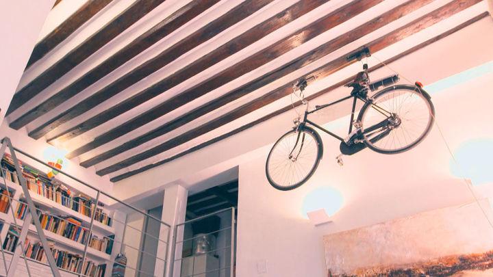 La casa de la bici en el techo en donde vivió Ventura Rodríguez