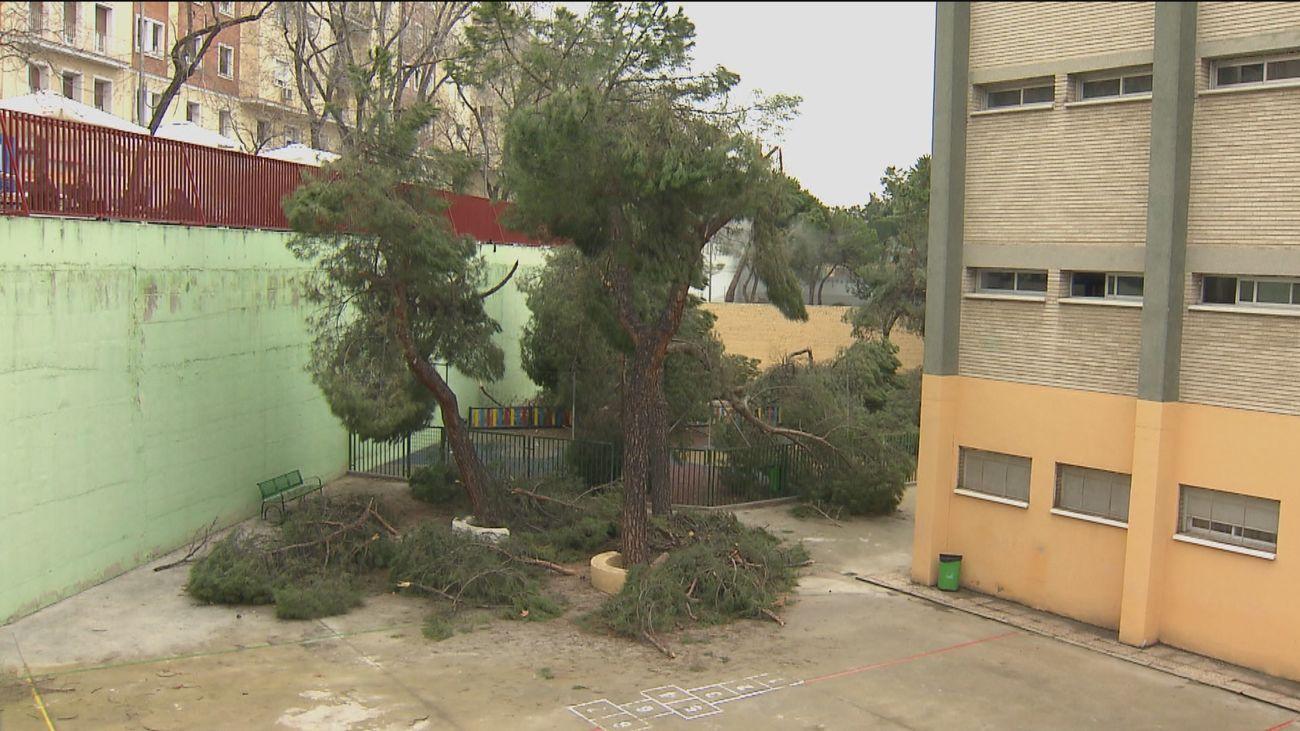 El patio del colegio Nuestra Señora de la Concepción en Ciudad Lineal sigue cerrado tras el paso de Filomena
