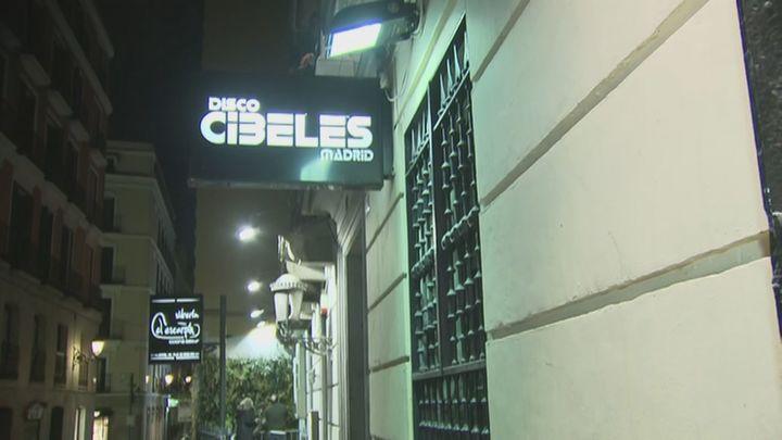 Desalojan una fiesta ilegal en una discoteca de Ópera que doblaba el aforo