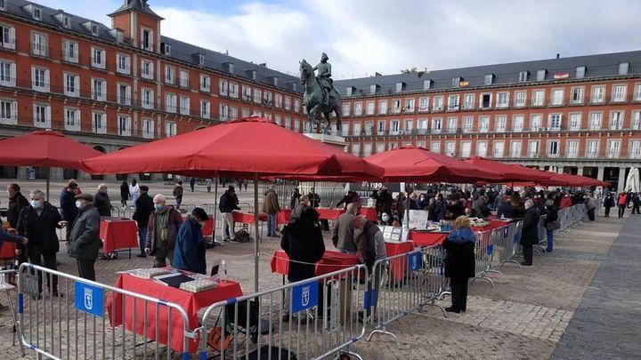 El Mercado de Filatelia vuelve a la Plaza Mayor, aunque con cambios