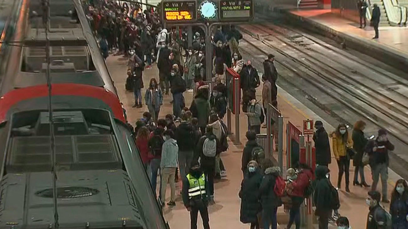 Alomeraciones en la estación de cercanías de Atocha