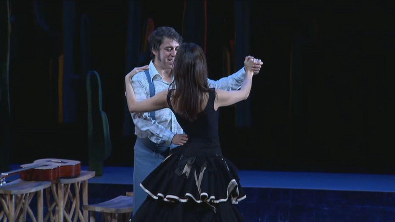 El exilio de México, con la 'Paloma negra', llega a los Teatros del Canal