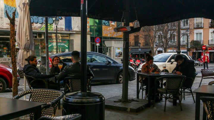 Madrid se convierte en el destino favorito de los franceses cansados de las restricciones de su país