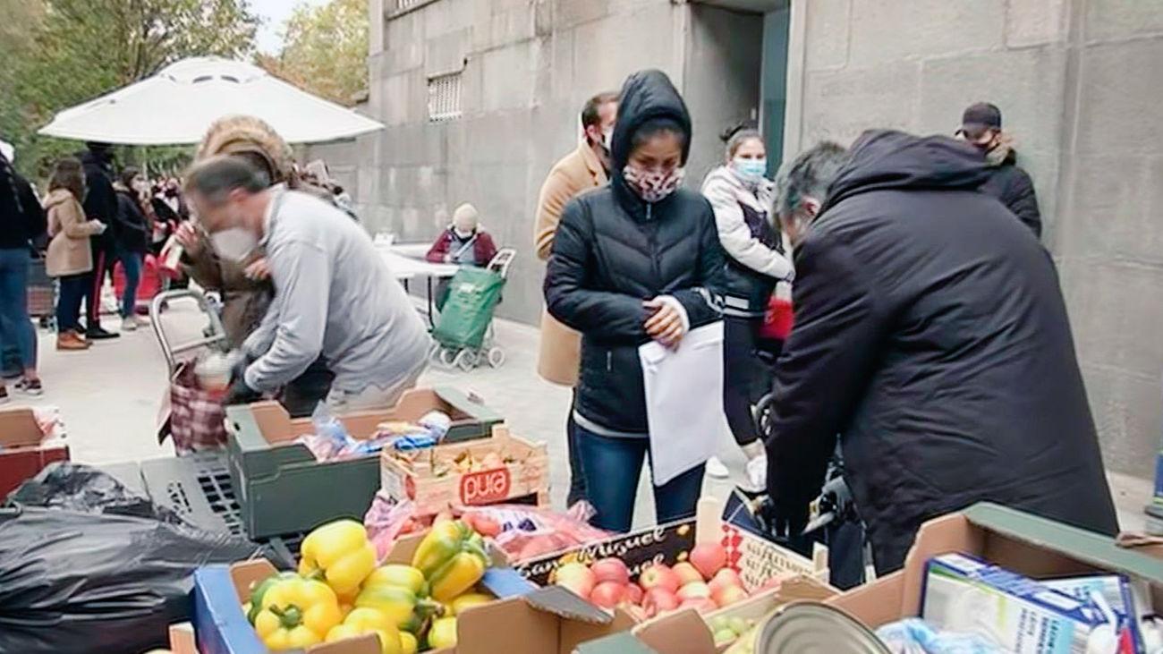 las colas del hambre en Madrid