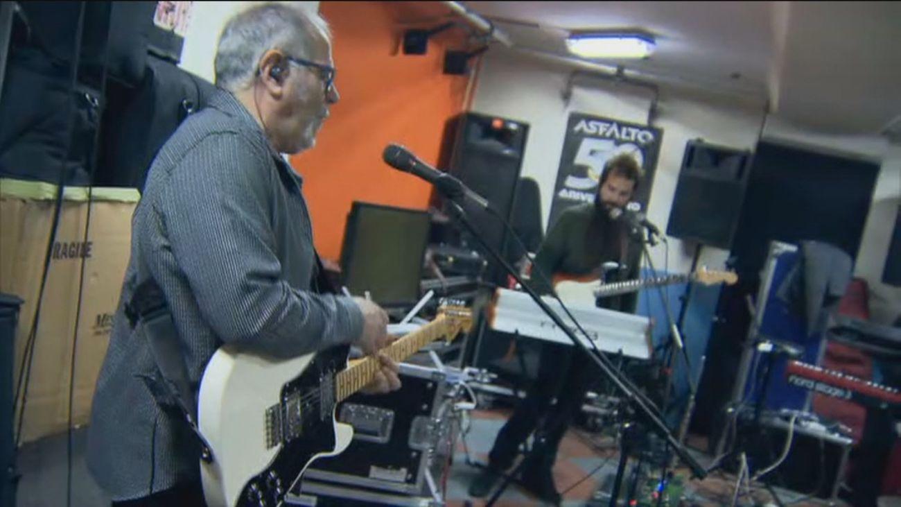 Asfalto, la banda madrileña más longeva del rock español, cumple 50 años sobre los escenarios