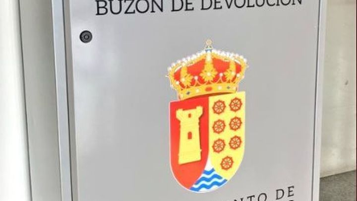 Arroyomolinos incorpora un Buzón Inteligente de Devolución en su biblioteca