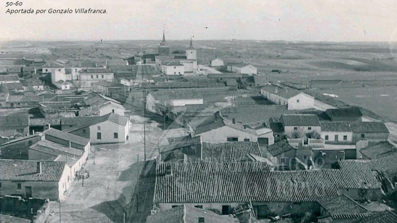 Vista de Sevilla la Nueva entre los años 1950-60