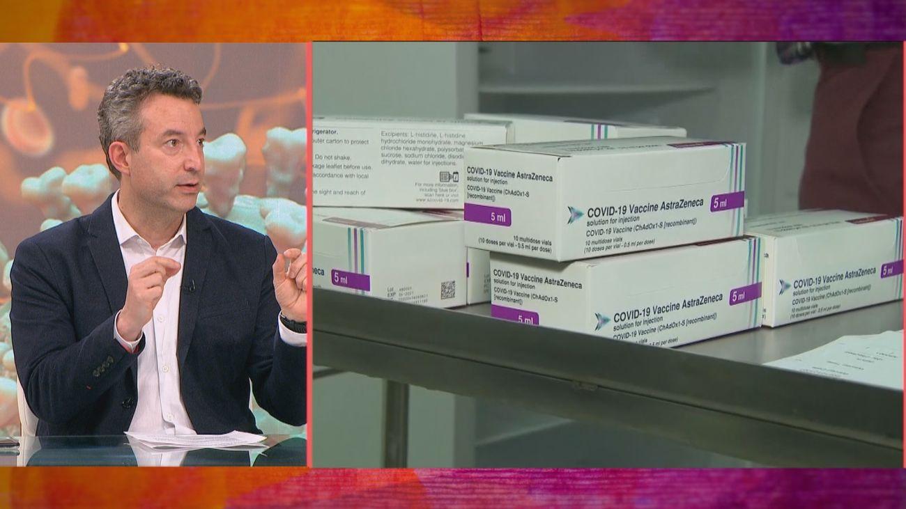 El doctor Carballo apuesta por priorizar la vacunación en aquellos que no hayan pasado el coronavirus