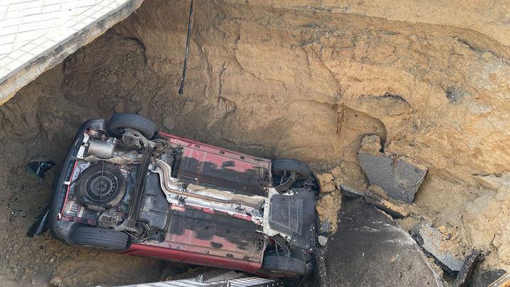 Majadahonda apunta a la rotura de una galería de saneamiento como causa del socavón