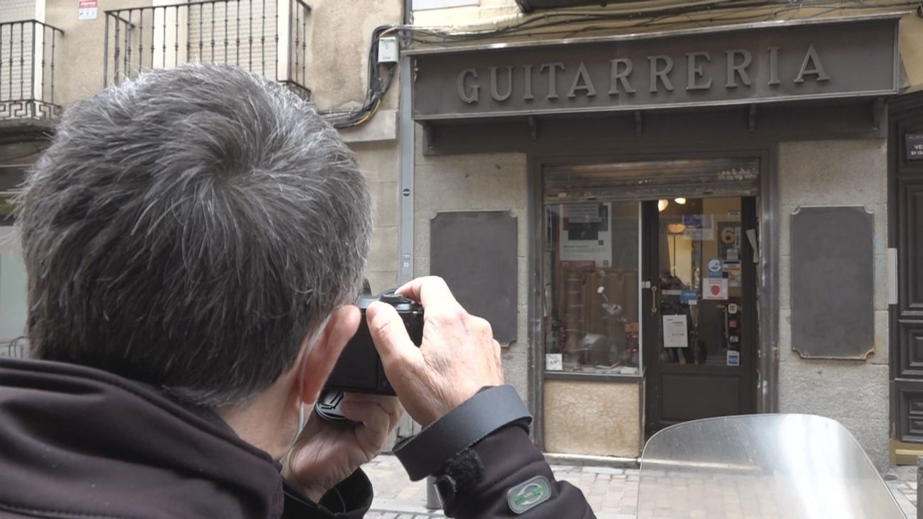 Todo un catálogo fotográfico de comercios históricos de Madrid