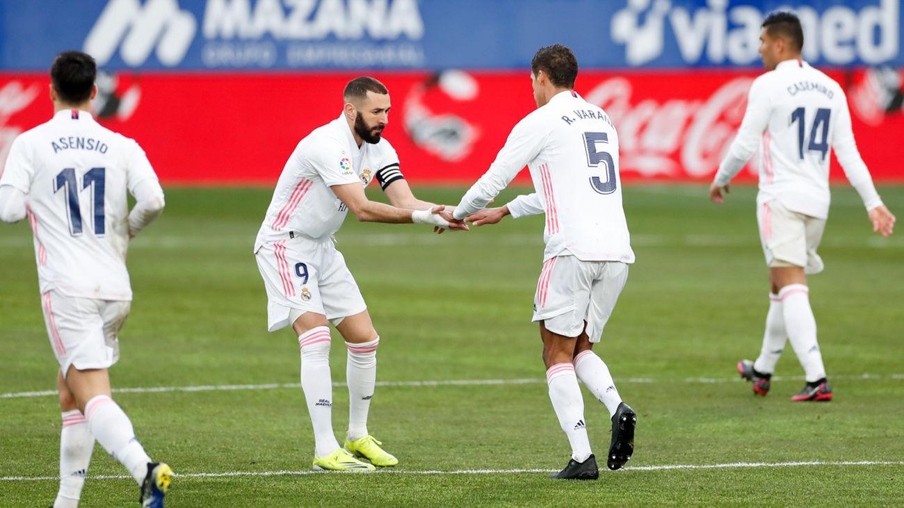 1-2. El Real Madrid se mantiene vivo sufriendo en Huesca