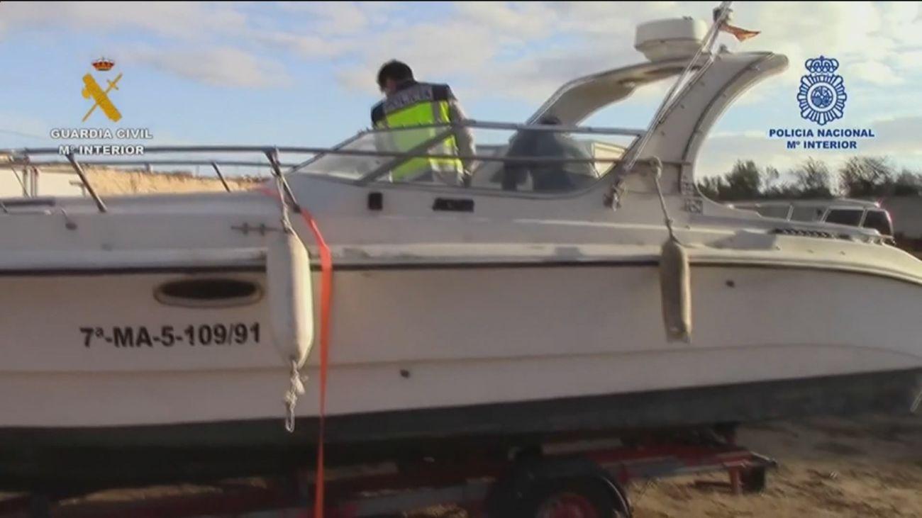 Desarticulan una organización dedicada al tráfico de drogas y al transporte de migrantes desde Melilla