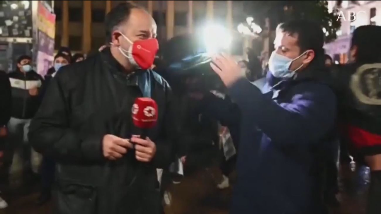 Los políticos madrileños condenan el ataque a un cámara de Telemadrid en la protesta de apoyo a Hasel