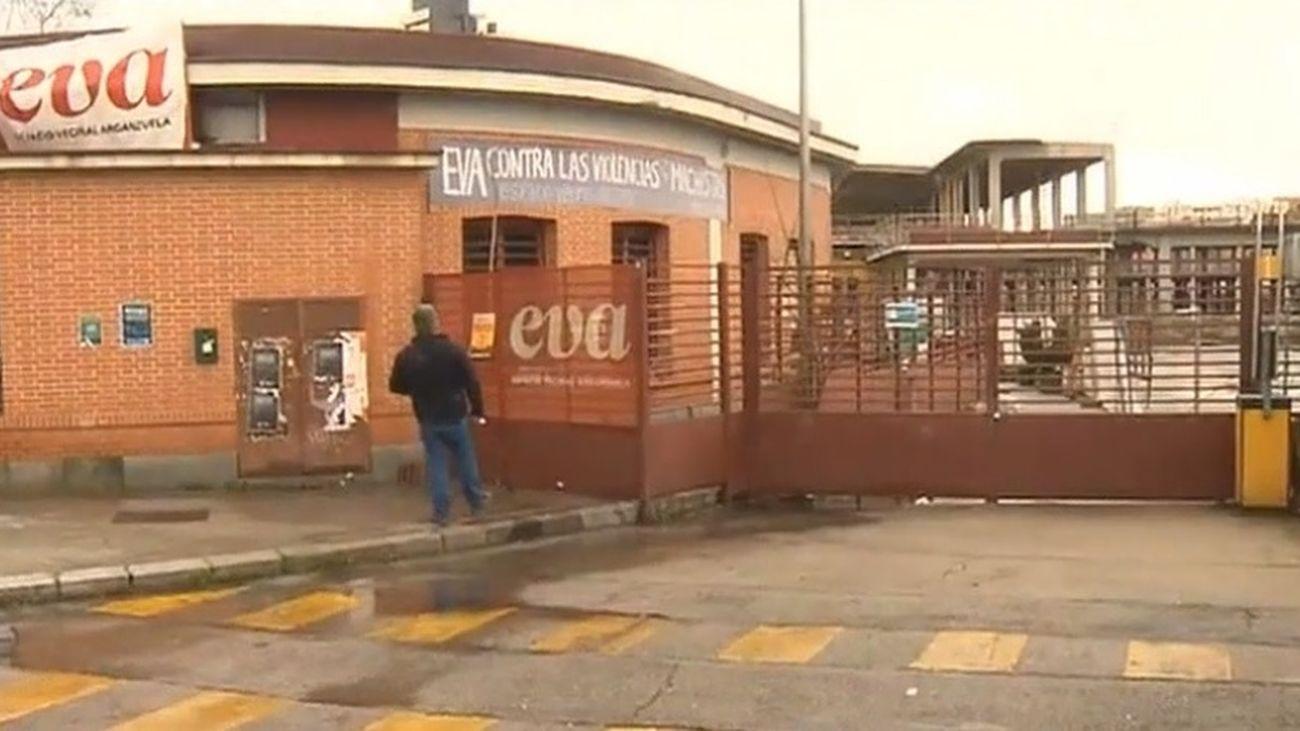 El Espacio Vecinal Arganzuela (EVA) abandona el Mercado de Legazpi antes de ser desalojados