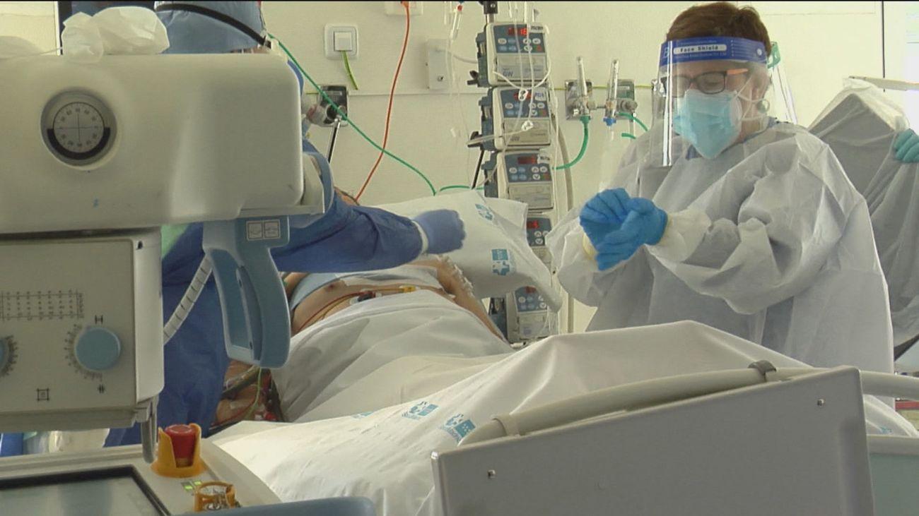 España supera los 3 millones de contagios con un nuevo récord de muertes: 766 más en 24 horas