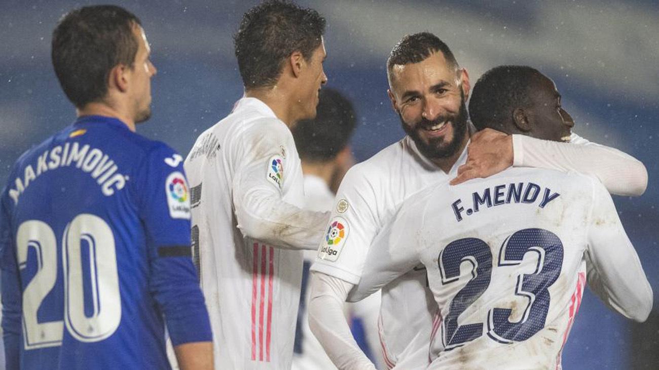 Benzema y Mendy ante el Getafe