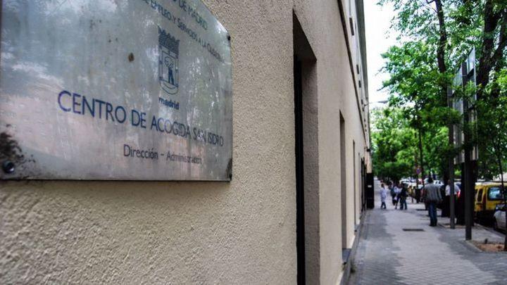 El centro de acogida San Isidro de Madrid cierra 23 habitaciones por una plaga de chinches