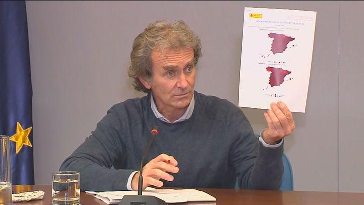 Madrid estudia retrasar el toque de queda mientras Simón advierte contra la relajación en las restricciones