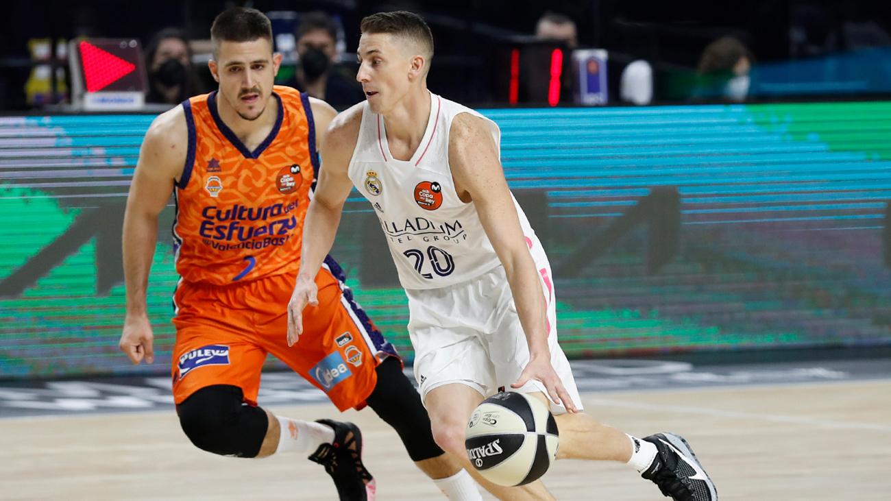 Jaycee Carroll ante el Valencia Basket