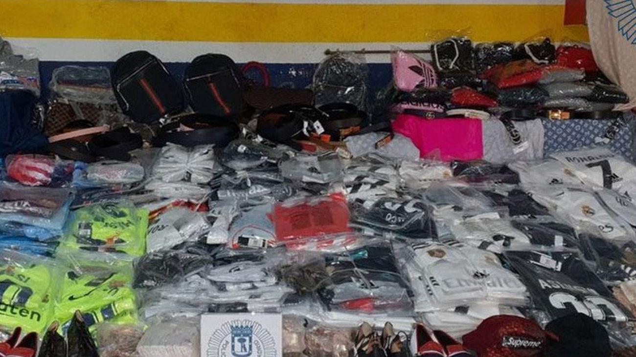 Artículos falsificados intervenidos por la Policía Municipal de Madrid