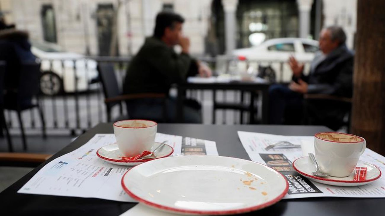Madrid se anima a relajar las medidas antiCovid a ver bajar los contagios de esta tercera ola