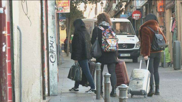 La Justicia avala el plan de pisos turísticos en Madrid de Carmena y Almeida anuncia una nueva regulación