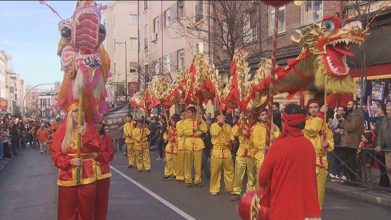 Usera celebra el Año Nuevo Chino más extraño