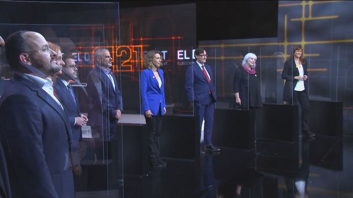 Cataluña vota el domingo ante la perspectiva de un triple empate