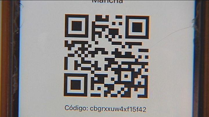 Castilla La Mancha pone en marcha  un dispositivo para registrar a los  clientes de los bares mediante un código QR