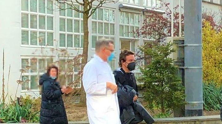 Alonso agradece las muestras de apoyo tras salir del hospital
