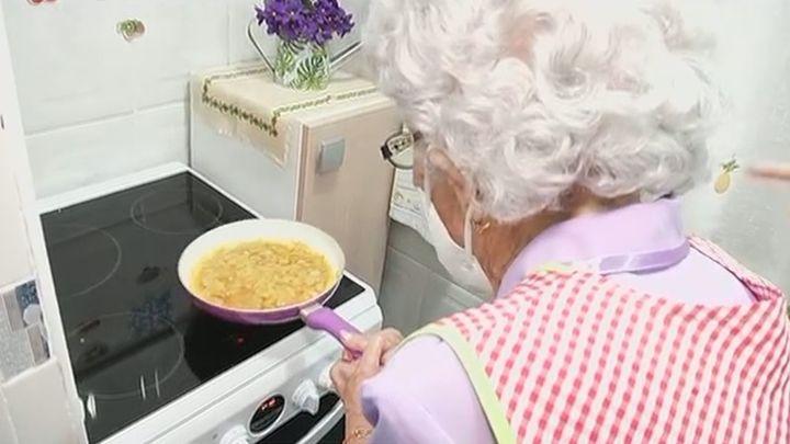 Regina, la madrileña que supera el coronavirus a sus 106 años