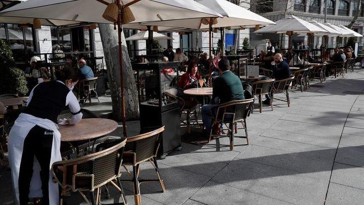 Aspecto de la terraza de un bar durante la pandemia