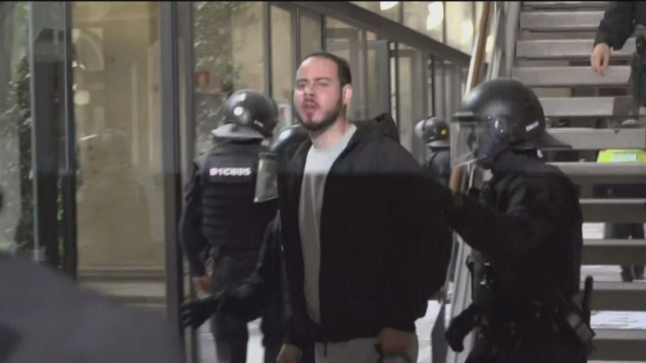 Los Mossos detienen a Pablo Hasel