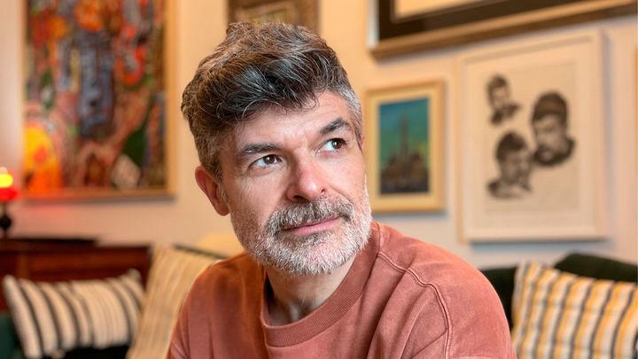 El actor Nacho Guerreros, el coleccionista de objetos