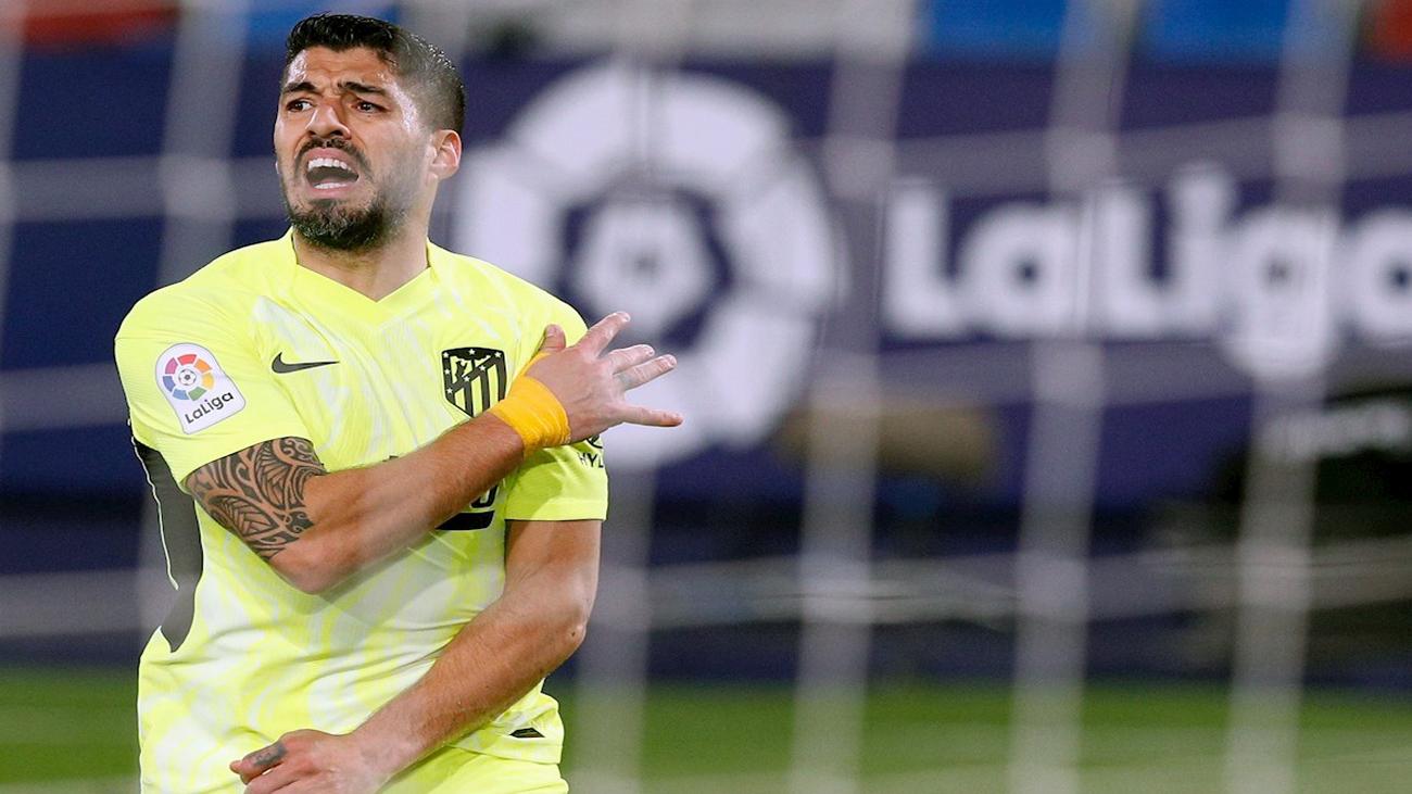 El Atlético pierde a Luis Suárez por una lesión muscular