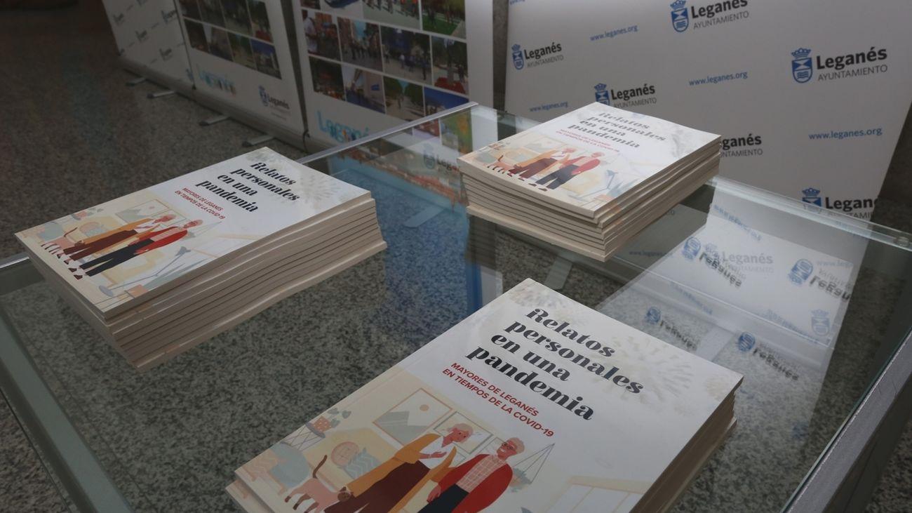 Ejemplares del libro 'Relatos personales en una pandemia'