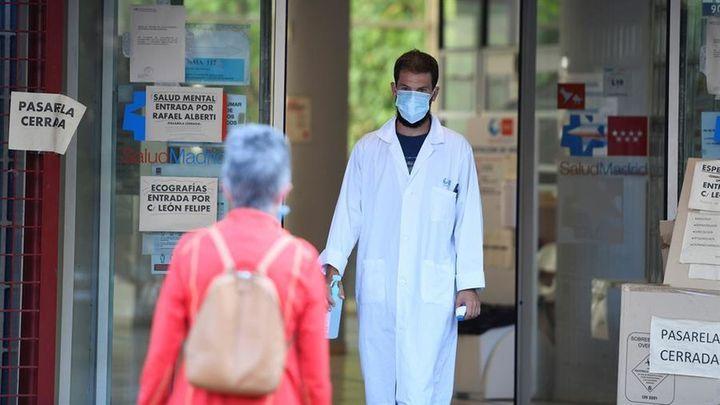 La Sanidad madrileña incorporará a los Médicos Internos Residente a la bolsa de empleo a finales de abril