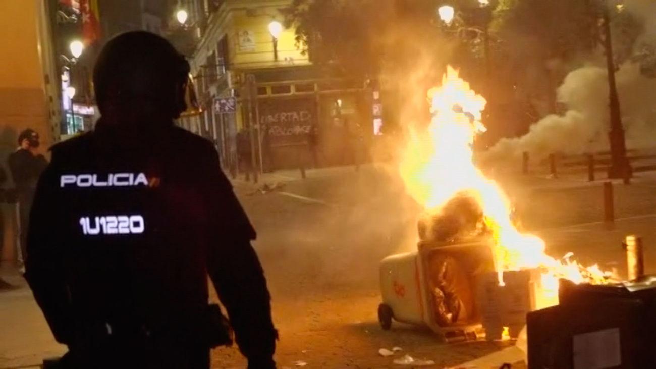 Graves disturbios en Sol tras la manifestación por Pablo Hasel