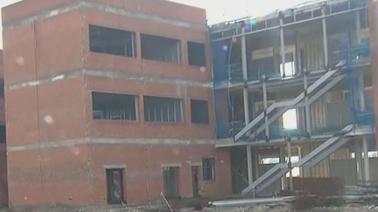 Vecinos de Alcalá de Henares denuncian los robos en un instituto en construcción