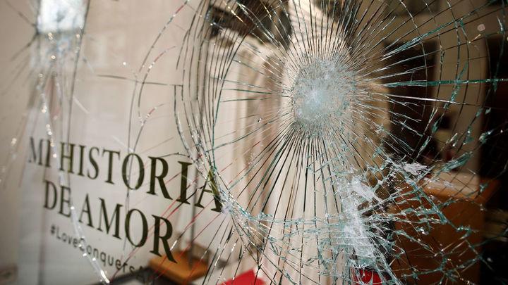 Vecinos y comerciantes del centro recuperan la normalidad tras los disturbios