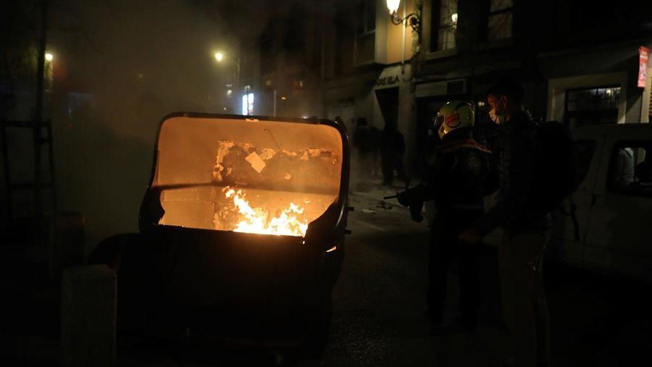 19 detenidos y 55 heridos en los disturbios en Sol durante la concentración en apoyo a Pablo Hasel