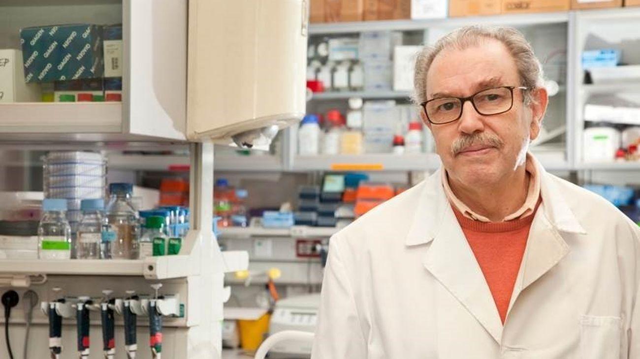 El investigador del CIB-CSIC Vicente Larraga