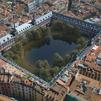 Una laguna en la Plaza Mayor de Madrid