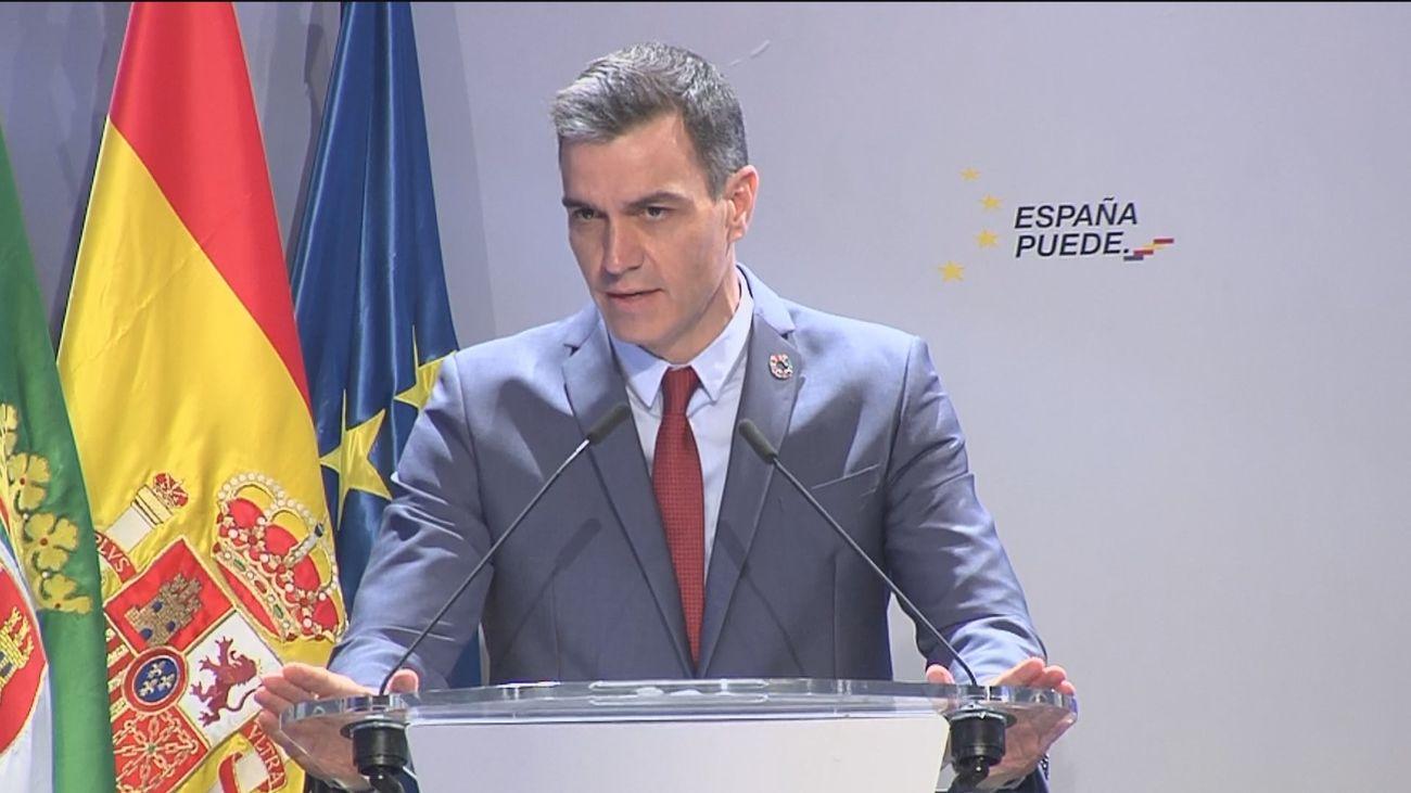 """Sánchez rebate a Pablo Iglesias y dice que España es """"una democracia plena"""" y es """"inadmisible"""" usar la violencia"""