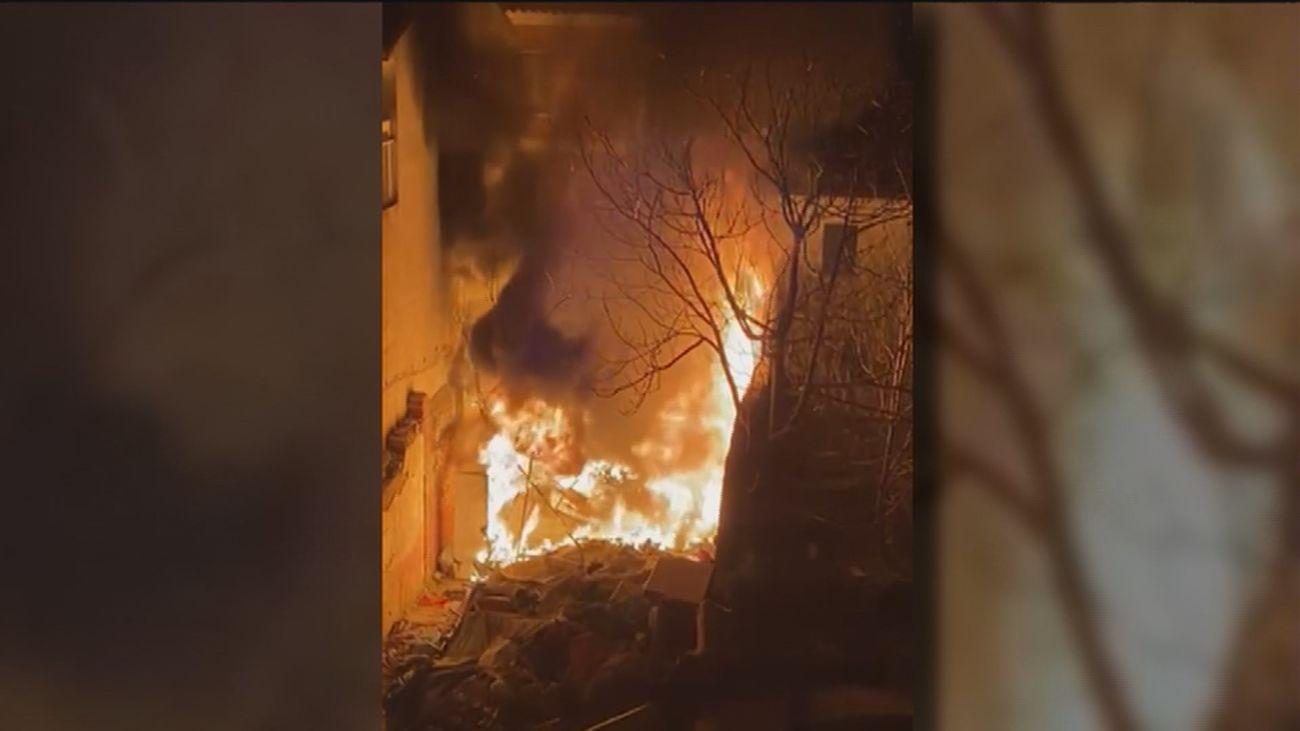 Incendio en Majadahonda en un descampado frecuentado por personas sin hogar